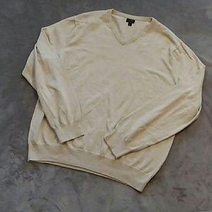 J. Crew men's size XL v neck sweater